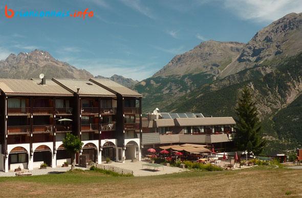 hotel Saint Roch Puy Saint Vincent 1400