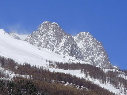 Vue sur le Pelvoux (3946 m)
