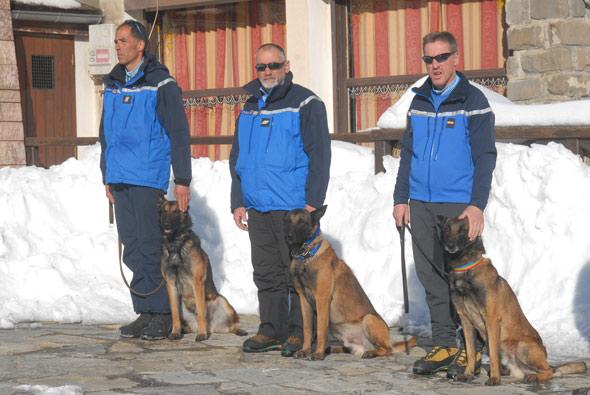 maitre chiens avalanches montgenèvre