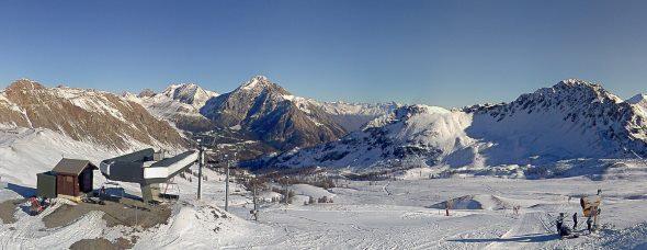 Premières descentes à Montgenèvre le 18 novembre