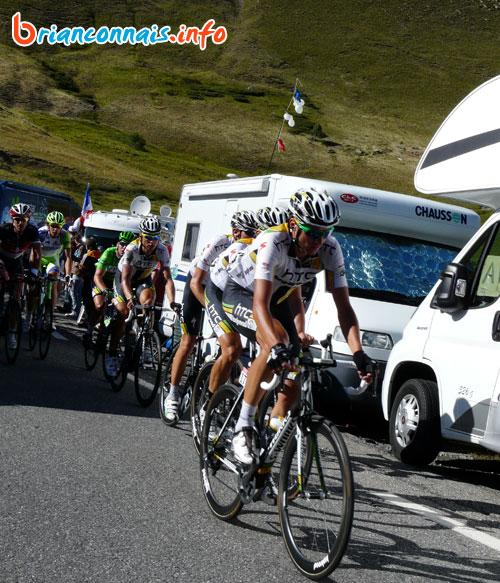 Le grupetto emmené par l'équipe HTC du maillot vert